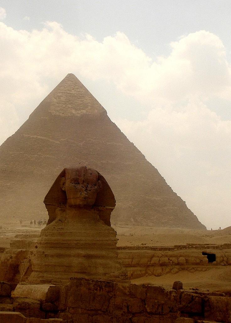 Ancient Egyptian Tarot Deck: Infinite Sacrifice (Book 1)